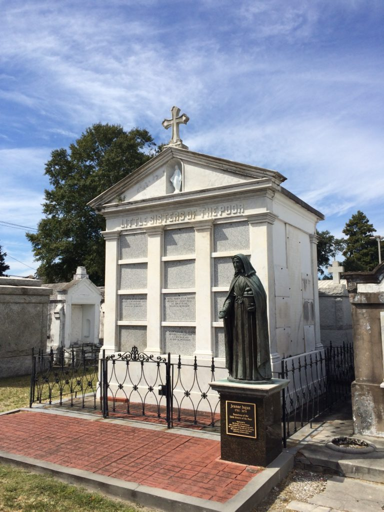 Little Sisters of the Poor tomb at St. Louis #3
